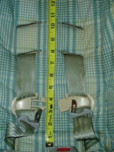 "Harness positions are 8"" and 10"" from the seat bight"
